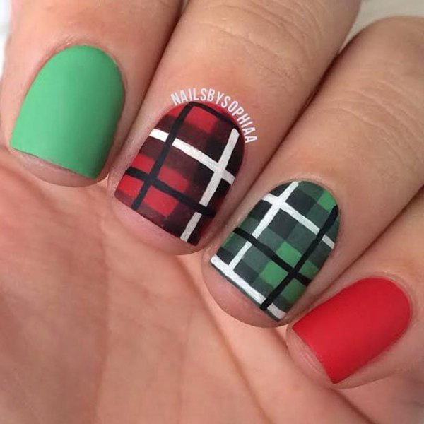 Matte Green And Red Plaid Nail