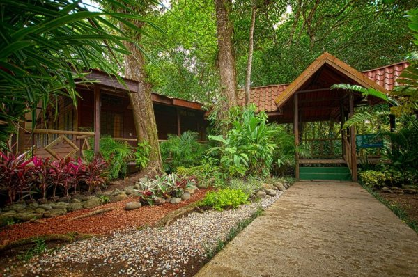 Pachira Lodge in Costa Rica