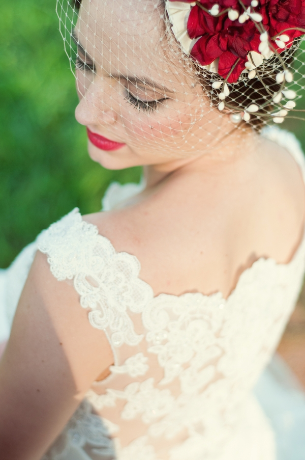 bride,woman,bridal accessory,clothing,pink,