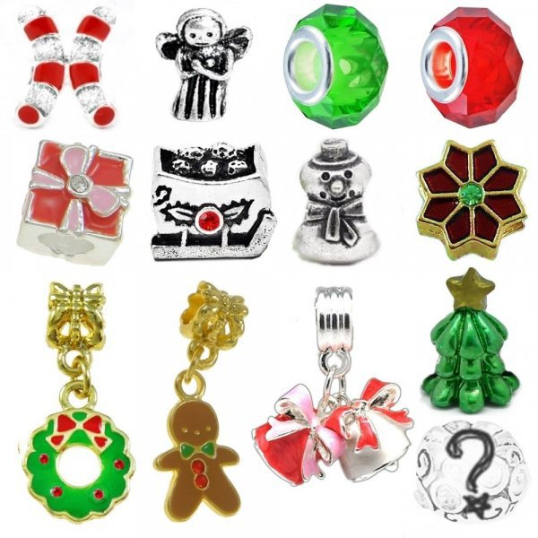 fashion accessory, christmas ornament, body jewelry, jewellery, christmas decoration,