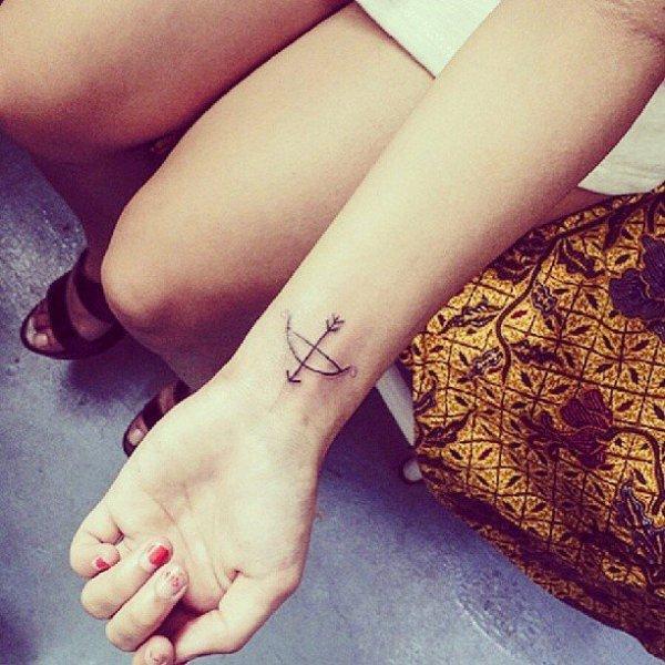 finger,leg,beauty,arm,hand,
