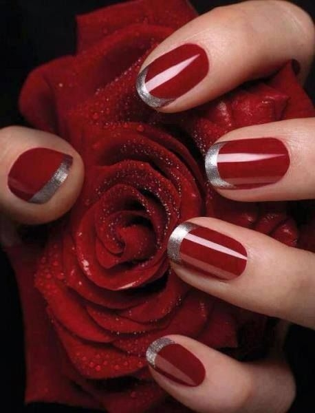 Silver on Red Looks Glam
