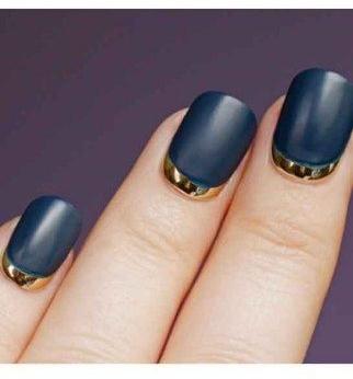 nail art bleu marine
