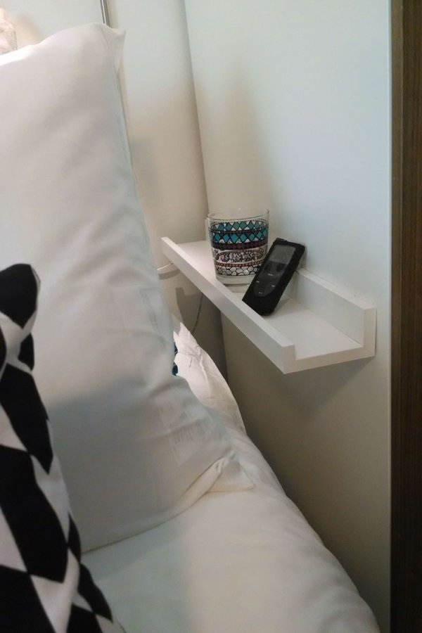 Space Saving Nightstands for Small Bedrooms DIY