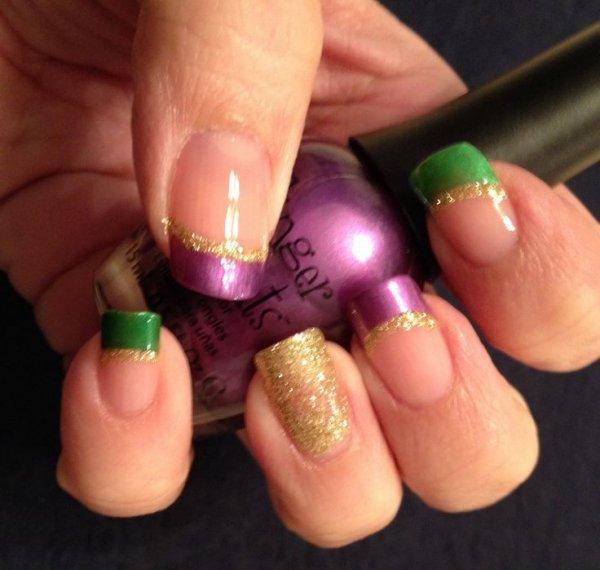 nail,finger,nail care,pink,green,