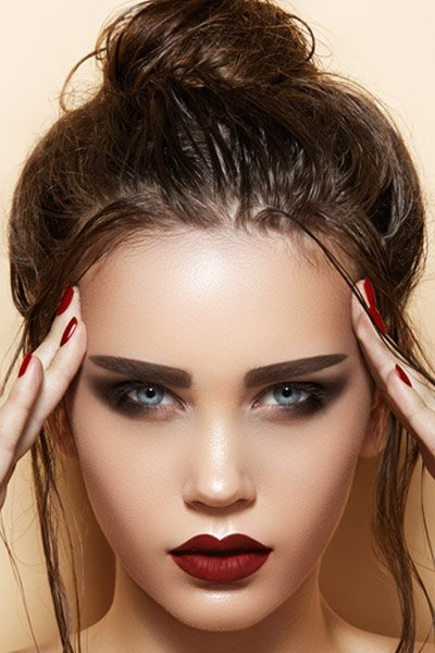 7 Easy Hairstyles for College when You\'re in a Hurry ... Hair