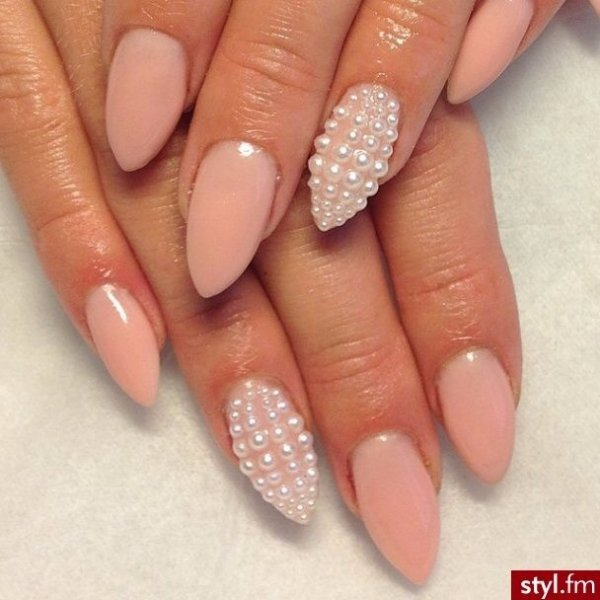 Do a pointy nail pearl nail art thatll make you look elegant do a pointy nail prinsesfo Images