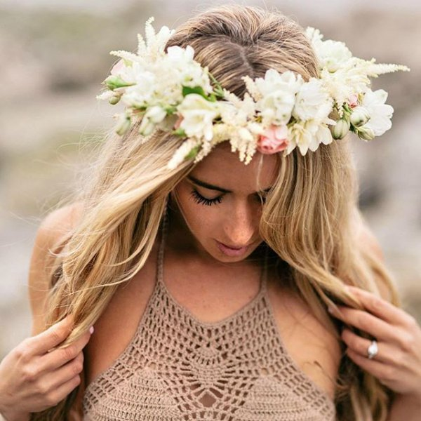 woman, christmas decoration, hairstyle, crown, flower,