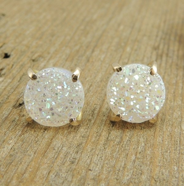 earrings,jewellery,fashion accessory,diamond,gemstone,