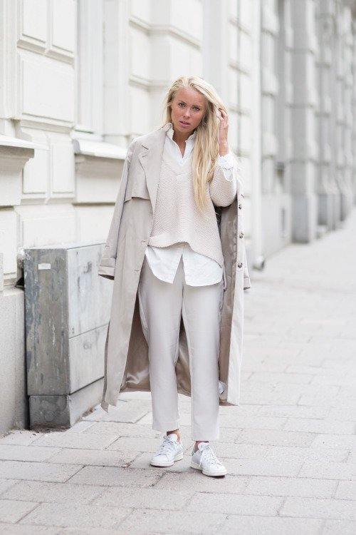 Chic and Comfy: Loose Neutral Layers