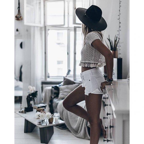 clothing, footwear, design, pattern, human body,