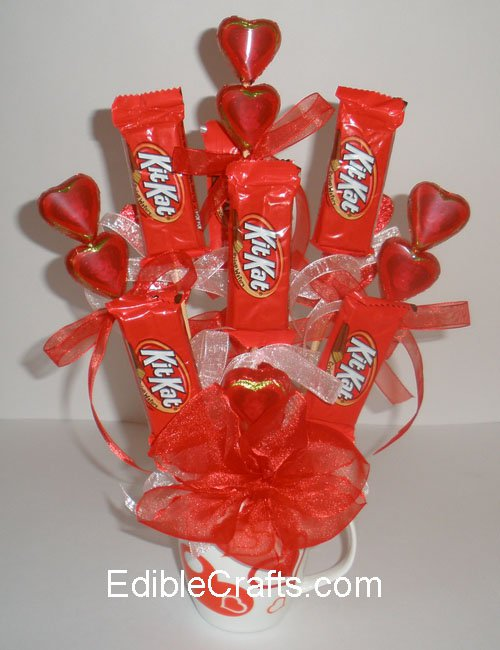 Kit Kat,food,dessert,petal,candy,