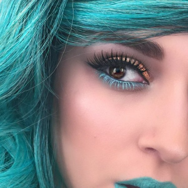 Mint Green Super Simple Makeup Tricks For Girls Who Want Their