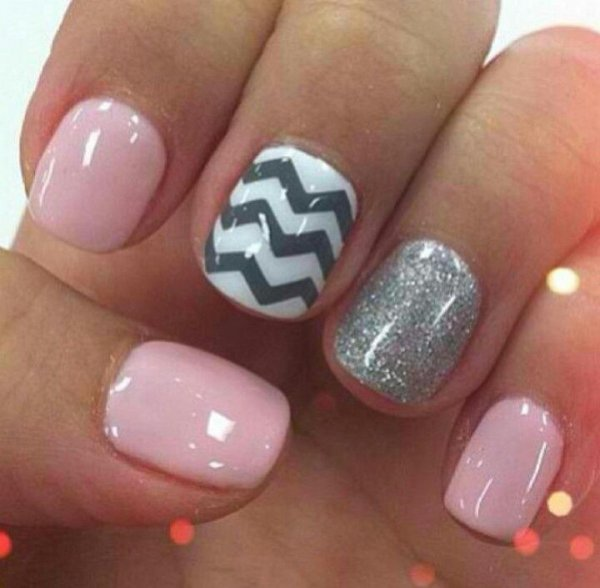 1. Chevron and Sparkles - Got Short Nails? Here Are The Nail Art Designs You'll Love …