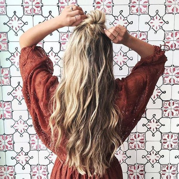 hair, hairstyle, long hair, bangs, pattern,