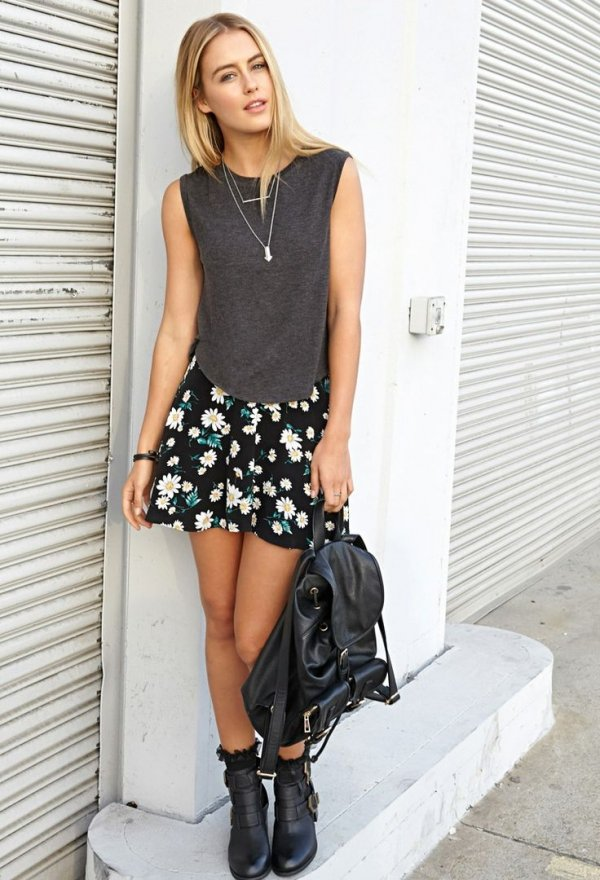 9 Street Style Floral Outfits To Recreate This Summer