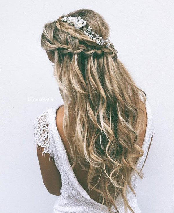 clothing, hair, fashion accessory, hairstyle, jewellery,
