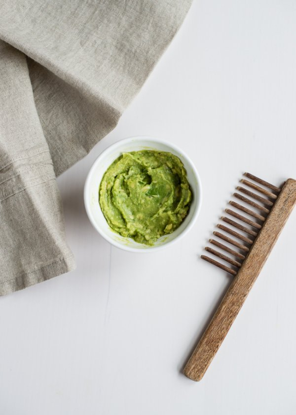 Avocado and Peppermint Hair Mask for Moisture and Shine