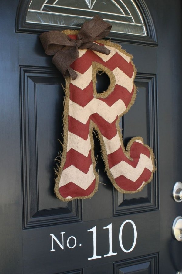 Diy Burlap Door Hanger 38 Initial Crafts To Make Your Mark With