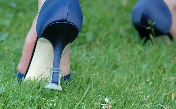 Prevent Your Heels from Sinking into the Soft Ground