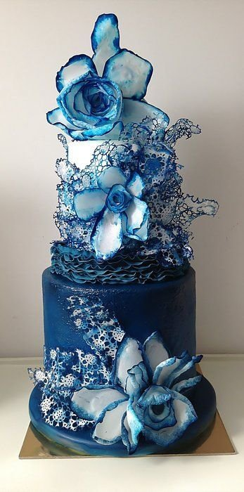 blue,wedding cake,flower,centrepiece,