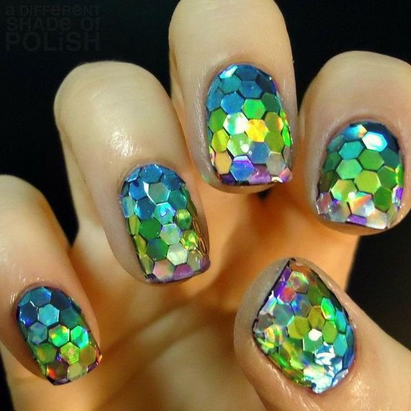 Glitter fish scale nails 25 dazzling 3d nail art designs you glitter fish scale nails prinsesfo Choice Image