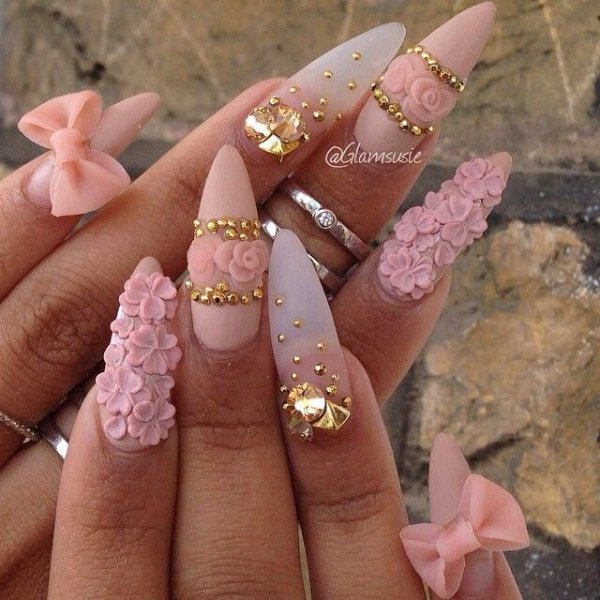 nail,finger,pink,manicure,fashion accessory,