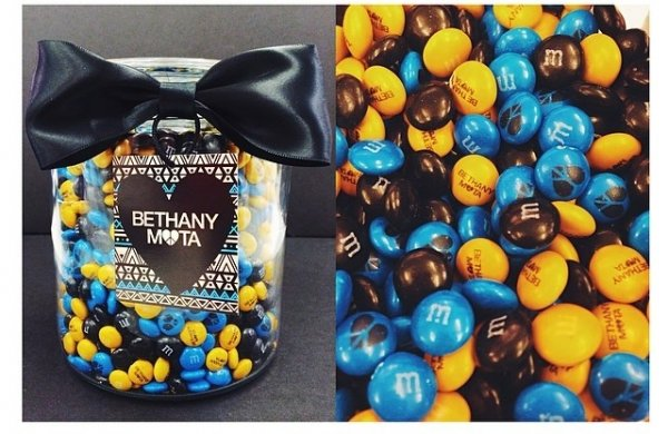 M&Ms with My Name on Them?! Best Gift Everrrr - 31 Cute…