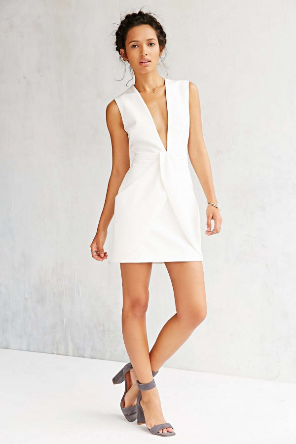 clothing,dress,sleeve,wedding dress,cocktail dress,