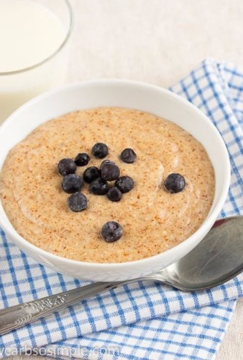 Healthy Hot Chocolate Breakfast Quinoa -