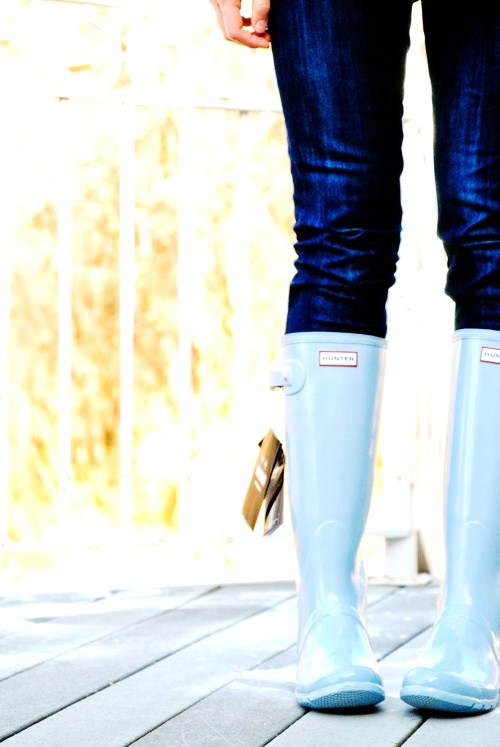 9 Fashionable Ways to Wear Rain Boots ... → 👠 Shoes