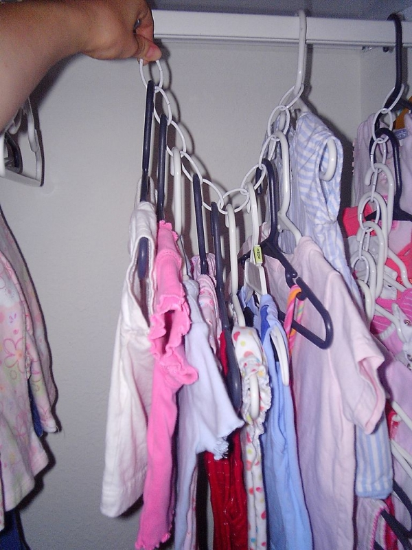 Use a Chain to save Closet Space