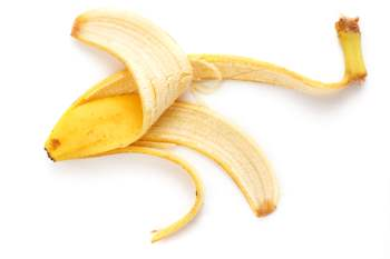 Banana Peel for Dry and Acne Prone Skin