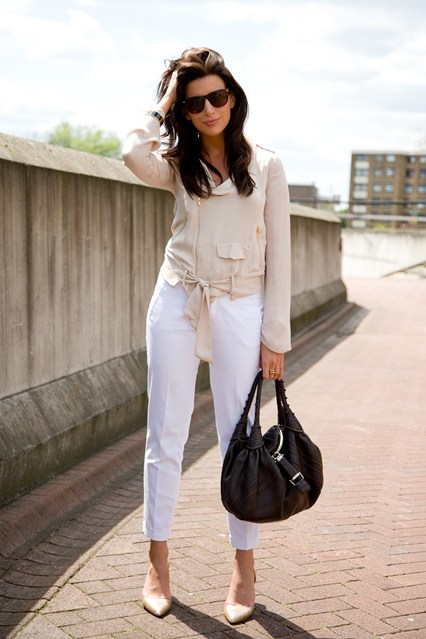 9 Fab Street Style Ways to Wear White Pants ... → 🎒 Streetstyle