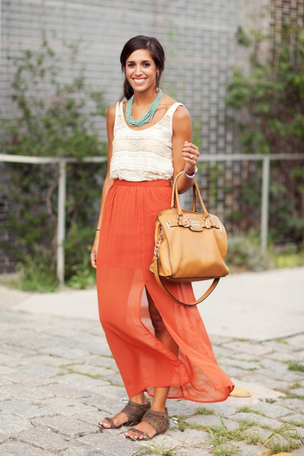 Bright Maxi Skirts - 9 Eye-Catching Colourful Street Style Looks…