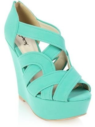 footwear,turquoise,electric blue,shoe,aqua,