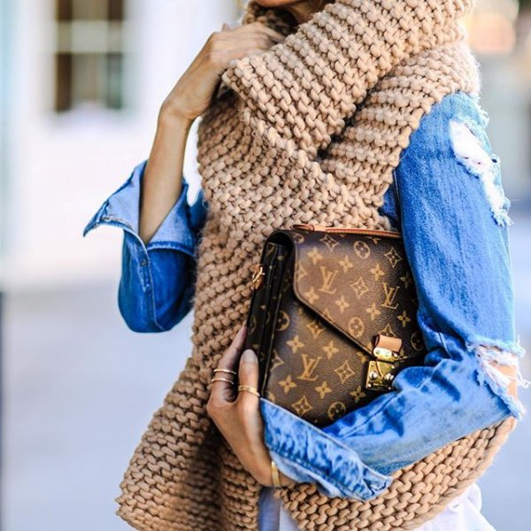 clothing, blue, scarf, outerwear, art,