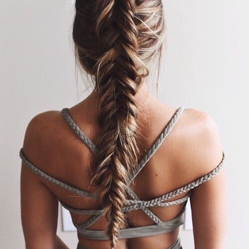 Rock a Messy Braid to Avoid Using Hair Products