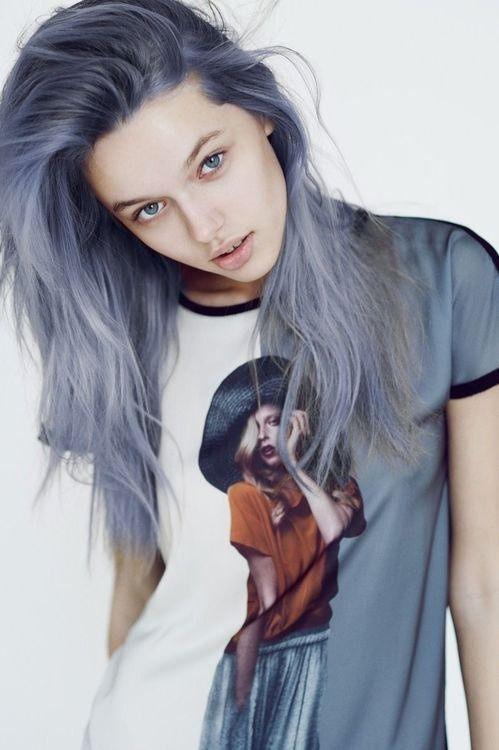 bleu gris pourriez vous rock cheveux granny ces gris cheveux. Black Bedroom Furniture Sets. Home Design Ideas