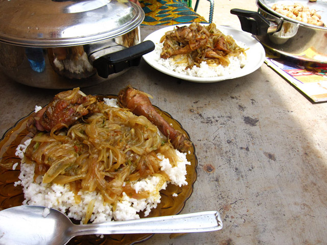 Call for chicken yassa in senegal 29 essential food for Cuisine senegalaise