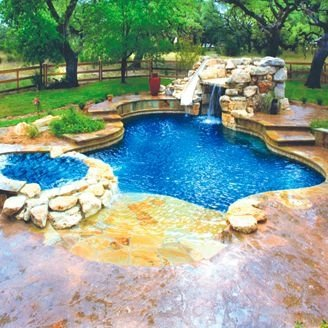31 stunning backyard pools to enhance the look of your for Pool designs for large backyards