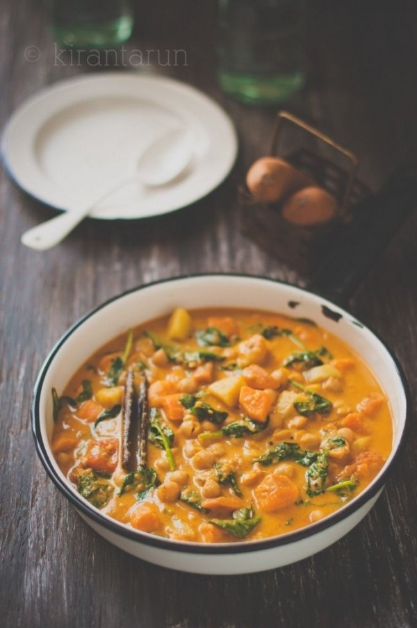 19. Sweet Potato, Chickpea & Spinach Curry - 30 Delish Recipes 🗒for ...
