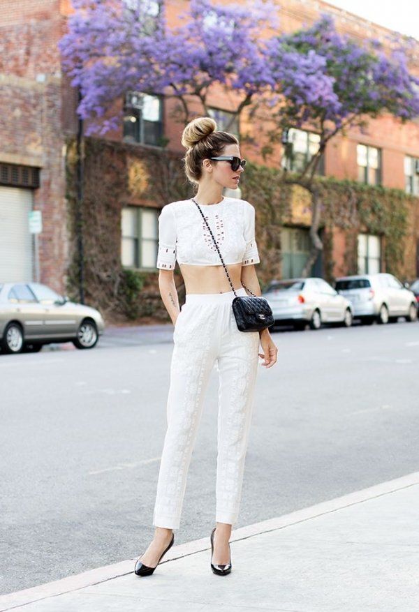 Crop Top - 7 Street Style Ways to Rock White Pants This ...