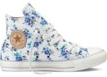 footwear,shoe,sneakers,product,outdoor shoe,