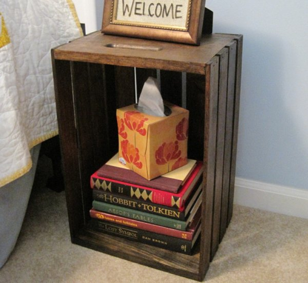 Wall Mounted Nightstand Diy: Space Saving Nightstands For Small Bedrooms ... DIY