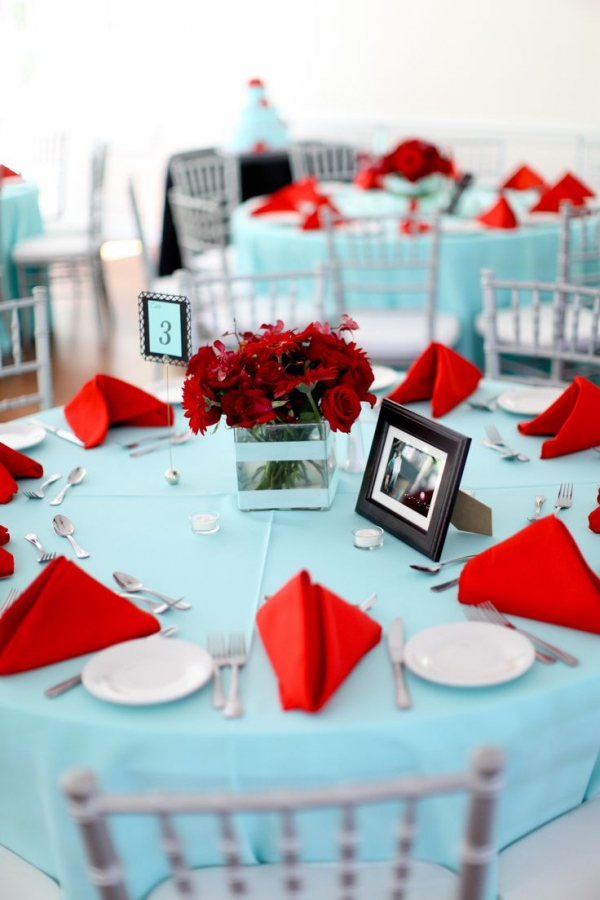 red,party,event,centrepiece,meal,