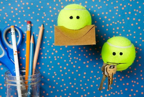 Handy holders 7 terrific diy ideas to recycle tennis - Can tennis balls be recycled ...