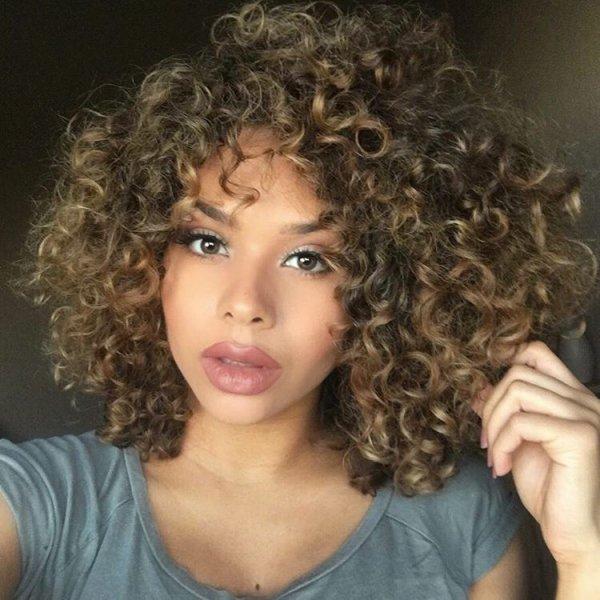 hair balayage curly Naturally