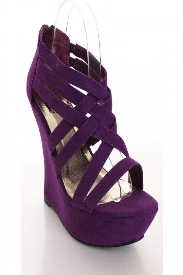 footwear,violet,purple,shoe,magenta,