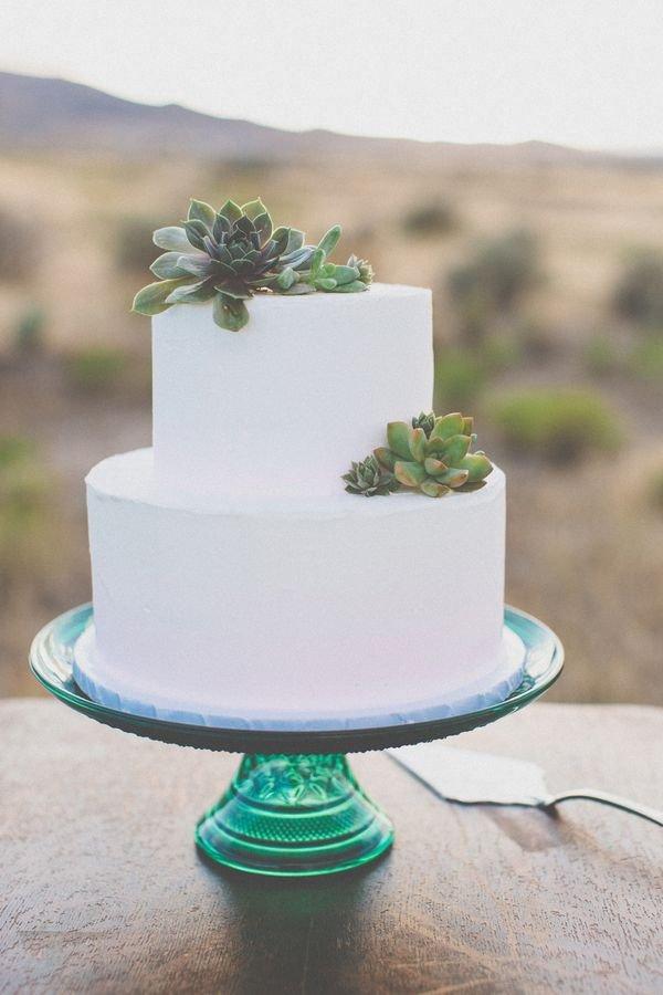 wedding cake,green,buttercream,food,icing,